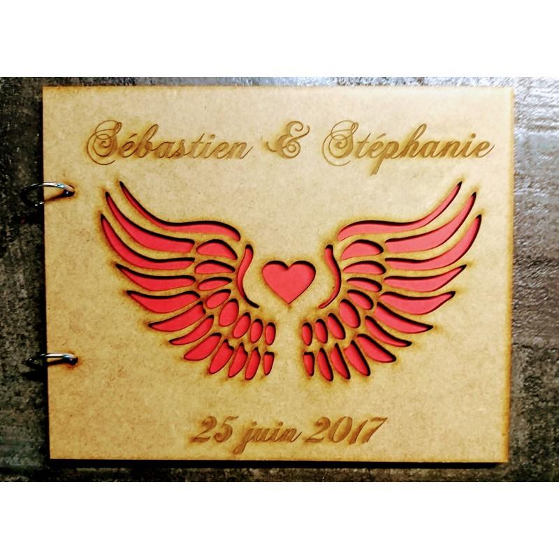 livre d 39 or en bois mariage champ tre bapt me personnalis ailes ange coeur rouge. Black Bedroom Furniture Sets. Home Design Ideas